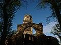 Ruins of the Pontefract Abbey - Flickr - Monika Kostera (urbanlegend).jpg