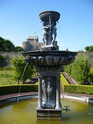 Château d'Opme - Fountain of the Chateau d'Opme (1617) attributed to Jean Androuet de Cerceau