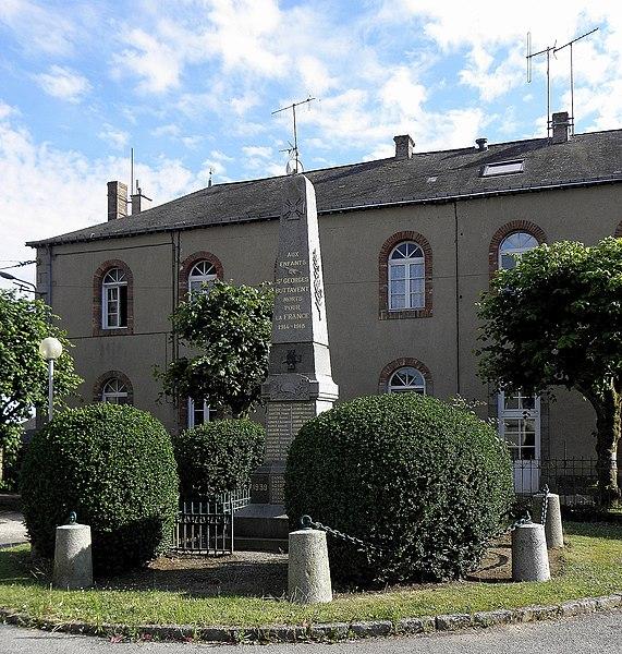 Monument aux morts de Saint-Georges-Buttavent (53).