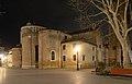 San Giacomo dell Orio abside e faccia nord di notte.jpg