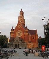 Fil:Sankt Johannes kyrka i Malmö.jpg