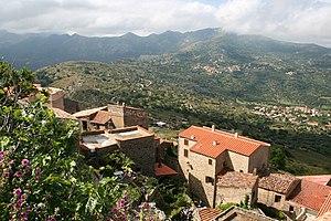 Haute-Corse - Image: Sant'Antonino Vi 1JPG