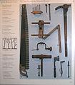 Schiffahrtsmuseum Arbeitsgeräte Holzschiffbauer.jpg