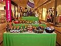 Schokoladenosterhasenstand im Kornmarktcenter (Bautzen) am 27. März 2018.jpg