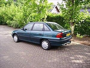 Vauxhall Belmont - Opel Astra Saloon (1991–1998)