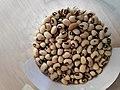 Seeds of Vigna unguiculata.jpg