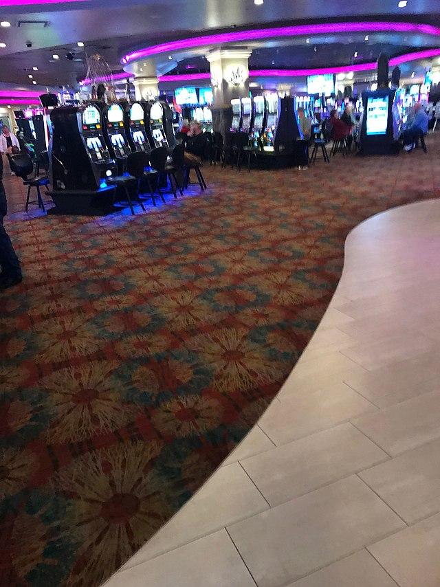 10 Trendy Ways To Improve On casino