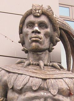 Shaka of Zululand statue 2013 London UK.jpg