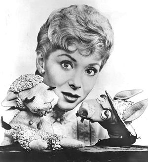 Shari Lewis - Lewis with her puppets, Lamb Chop and Charlie Horse, 1960