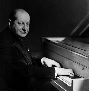 Sigmund Romberg Hungarian-born American composer (1887-1951)