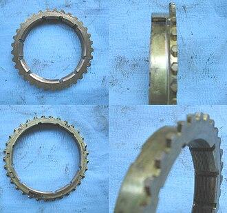 Manual transmission - Synchronizer rings