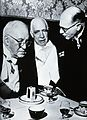 Sir Henry Hallett Dale, Niels Bohr and Sir Michael Perrin. P Wellcome V0026256.jpg