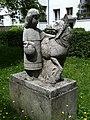 Skulptur Rotkaeppchen Kerstenweg Spandau1.jpg