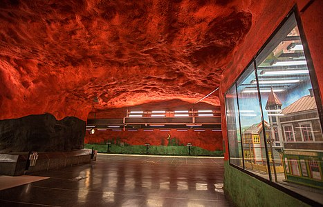 Solna Centrum Tunnelbana Painted Train Station, Stockholm, Sweden 15777674995.jpg