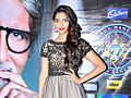 Sonam Kapoor promotes 'Mausam' on the sets of KBC 5 (2).jpg
