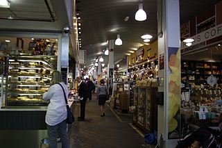South Melbourne Market By Commander Keane (Own work) [CC BY-SA 3.0 (http://creativecommons.org/licenses/by-sa/3.0)], via Wikimedia Commons