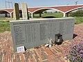 Spiegelwaal 07 met monument 20 sept 1944 De Oversteek.JPG