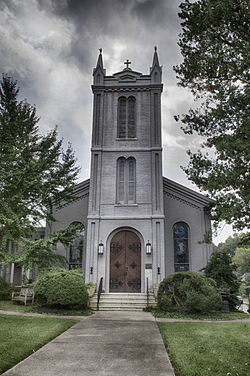 St. Peter's Episcopal Church Columbia Tennessee.jpg