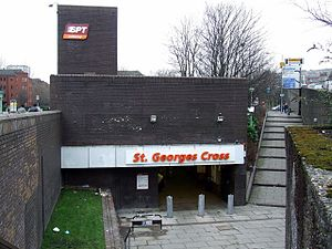 St George's Cross subway station in 2009.jpg