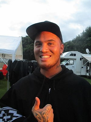 Stan Walker - Walker at the Raglan Christmas in the Park 2015