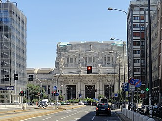 Transport in Milan - Milan Central station