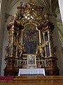 Stift Lilienfeld - Stiftskirche - Seitenaltar mit Bild des hl Florian.jpg