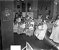 Studenten poppenkast in Emma Kinderziekenhuis, Bestanddeelnr 934-7089.jpg