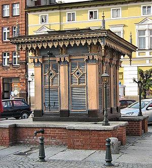 Grodziskie - The well in Grodzisk Wielkopolski's Old Market square, traditionally associated with Bernard of Wąbrzeźno