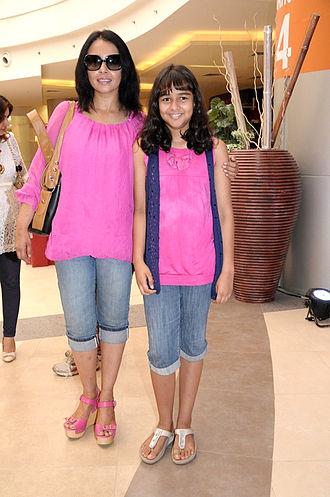 Shekhar Kapur - Suchitra Krishnamurthy and daughter Kaveri Kapur