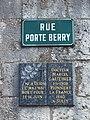 Sully-sur-Loire-FR-45-église Saint Ythier-plaque-a1.jpg