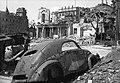 Szent György tér a Sikló bejáratától nézve. Szemben Sándor-palota, Honvédelmi Minisztérium felső szintje, balra József főherceg palotája (1945) Fortepan 30897.jpg