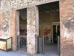 Taberna - Pompeii: Taberna of Iunianus (I.6.12)