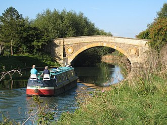 Bampton, Oxfordshire - Tadpole Bridge carries the road between Bampton and Buckland