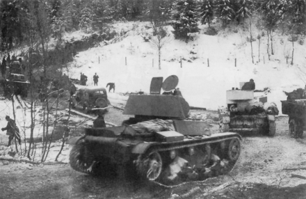 December 1939. Soviet tanks advancing Talvisota 7th Army 1939.PNG
