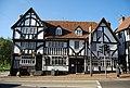 The Chequers Inn, High St - geograph.org.uk - 1538555.jpg