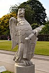 The Queen's Beasts, Kew, The falcon of the Plantagenets.jpg