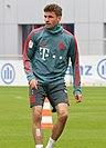 Thomas Mueller Training 2019-04-10 FC Bayern Muenchen-2.jpg