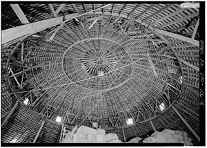 Thomas Ranck Round Barn - Roof trusses in the Thomas Ranck Round Barn, Indiana