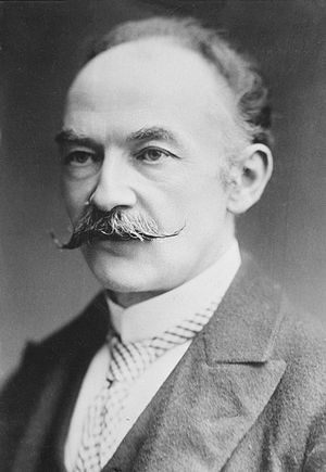 The poetry of Thomas Hardy was the influence t...