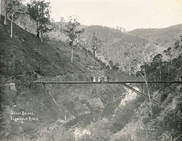 Thomson River bridge 1910.jpg
