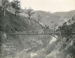 Thomson River (Victoria) - A bridge over the Thomson River, pictured in 1910.
