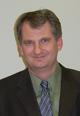Timothy Snyder (cropped).JPG