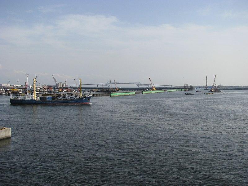 File:Tokyo Port -01.jpg