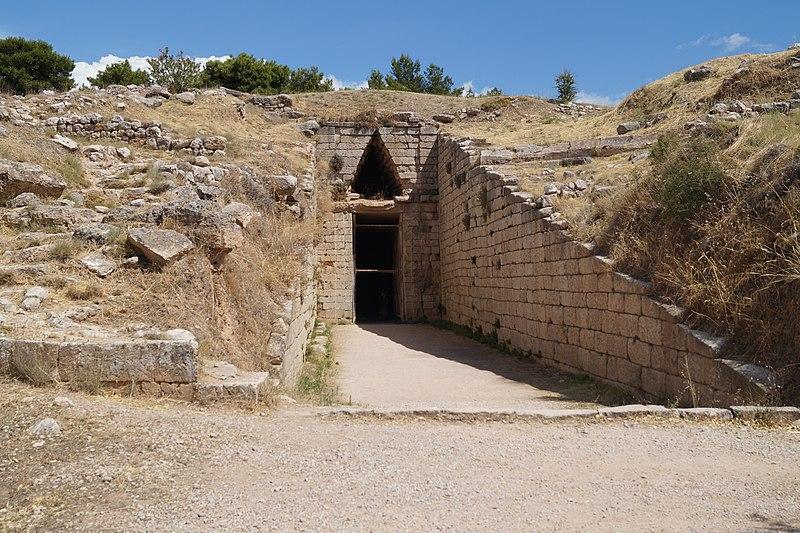 File:Tomb of Clytemnestra 1.jpg