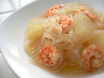Dōngguā xiārén fěnsī tāng (winter melon, shrimp and cellophane noodle soup)