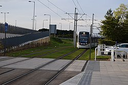 Tram 267 approaching the Gyle Centre (geograph 4200664).jpg