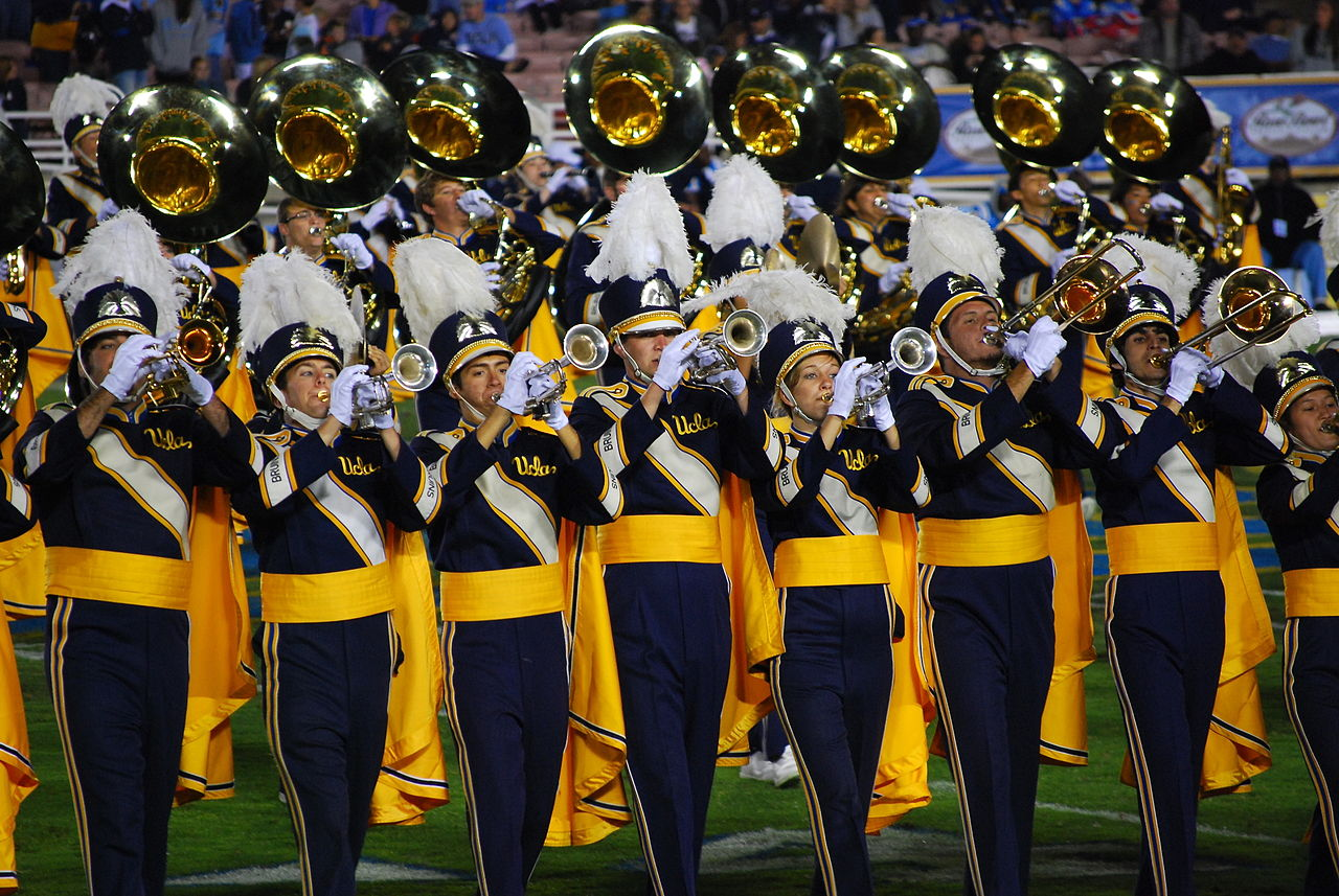dating a band director Founded in 2005 by dr oliver boone, the high school band director's national association provides high school band directors, students and band boosters with a network of musical and educational services.