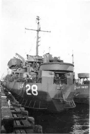 USS LST-28 - Image: USS LST 28