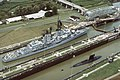 USS Macdonough (DDG-39) and USS Scamp (SSN-588) in Panama Canal lock 1984.jpeg