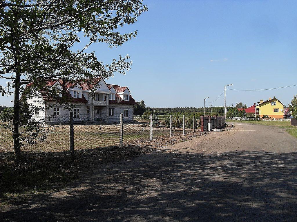 1024px-Ulica_Starowiejska.jpg